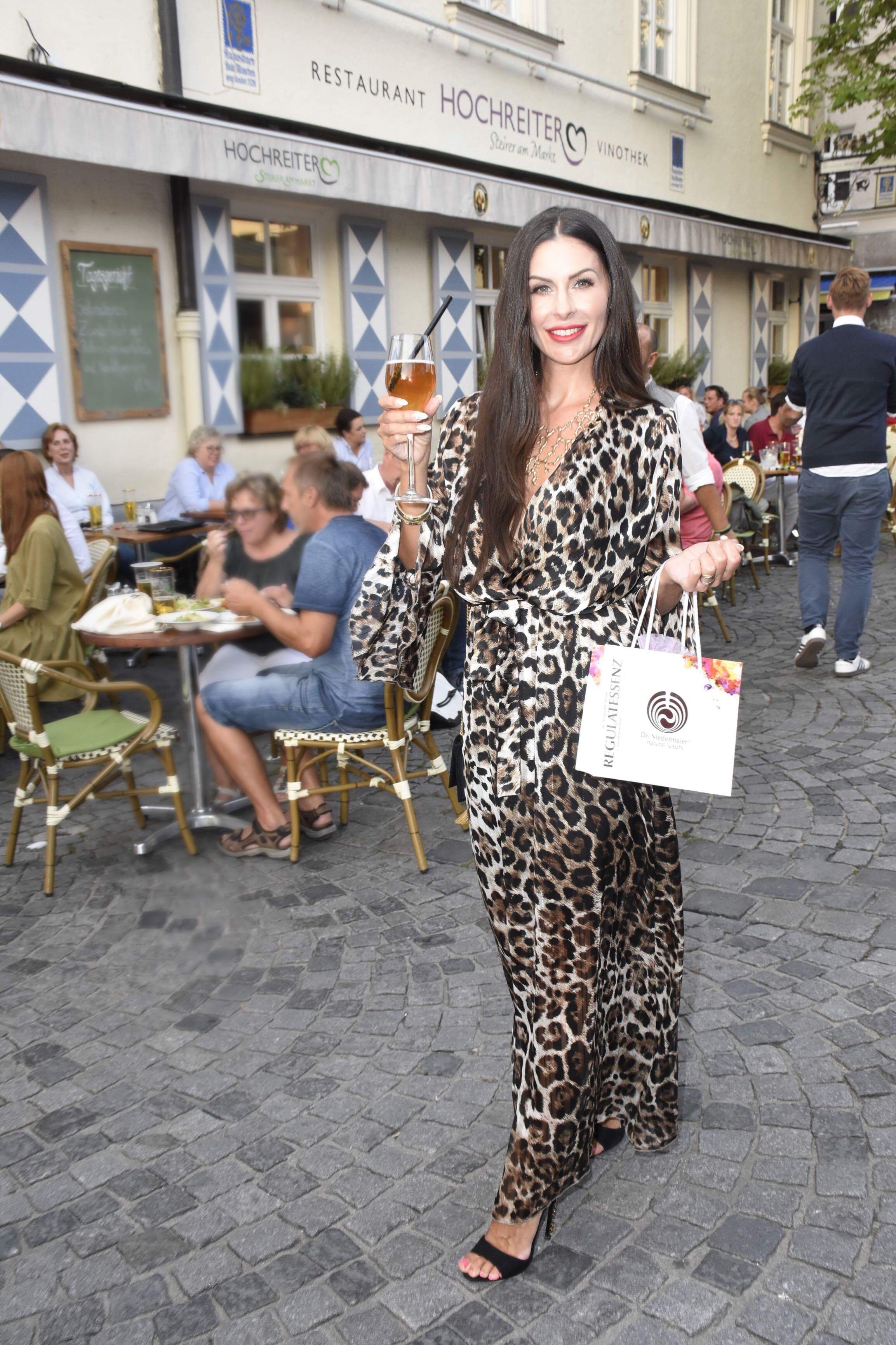Animalprint Kleid aus Saint Tropez (c) Petra Schönberger