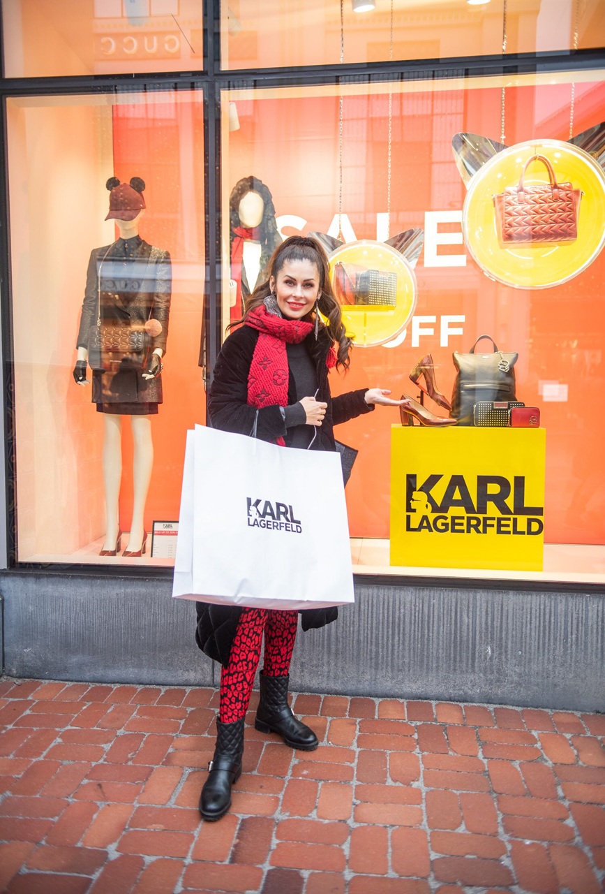 Shopping bei Karl Lagerfeld / (c) Maria Strehl