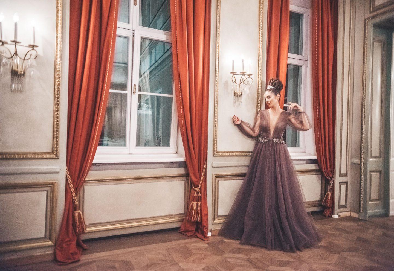 Kleid Matija Vuica / © Maria Strehl Photographie